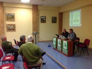 conferencia sobre cultivos alernativos impartida por Sebastián Gasco en Frailes