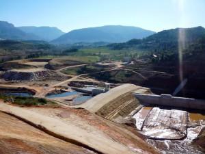 trabajos para realizar la presa de Siles