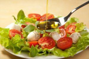 aceite-de-oliva-ensalada